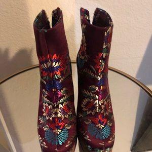 Joie high heel boot